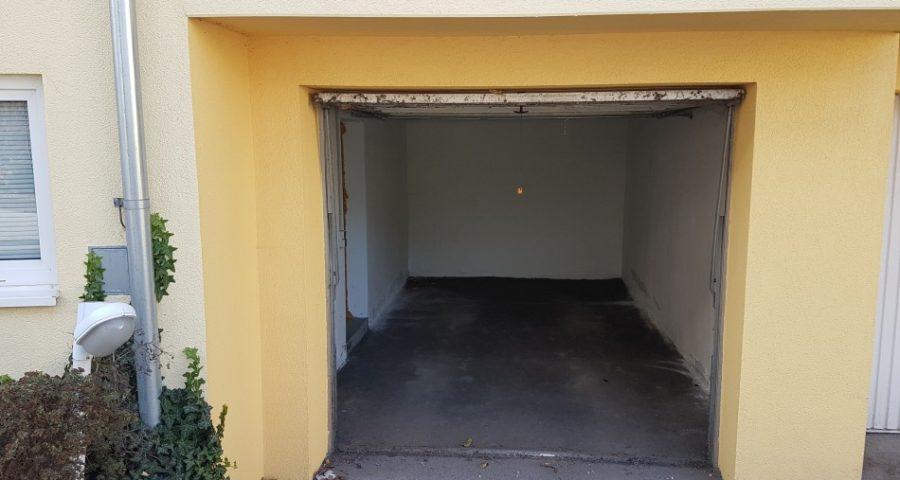 Garage (Einzelgarage verschlossen)